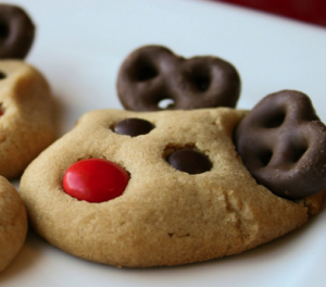 25 Days of Christmas Cookies: Day 8 Red-Nosed Reindeer Cookies