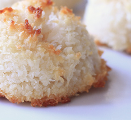 25 Days of Christmas Cookies: Day 14 Coconut Macaroons