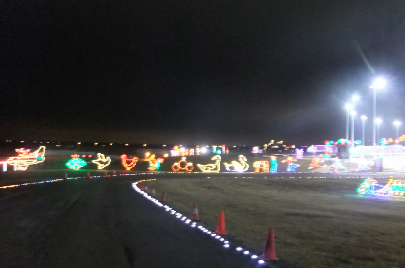 Gift of lights at texas motor speedway in dfw my crazy for Gift of lights texas motor speedway